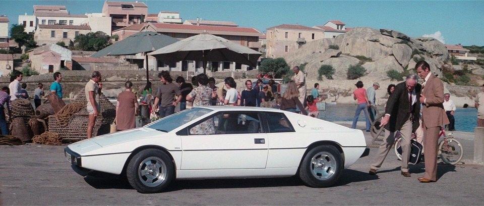 Lotus Esprit из фильма Шпион, который меня полюбил